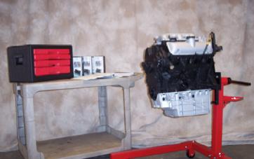 Sistema de Entrenamiento en Reparación de un Motor Modelo MEG-003