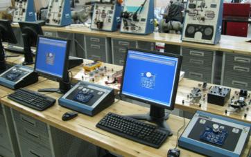 Sistema de Entrenamiento en Sistemas Eléctricos/Electrónicos a Base de Computadora Modelo MEGTRON2